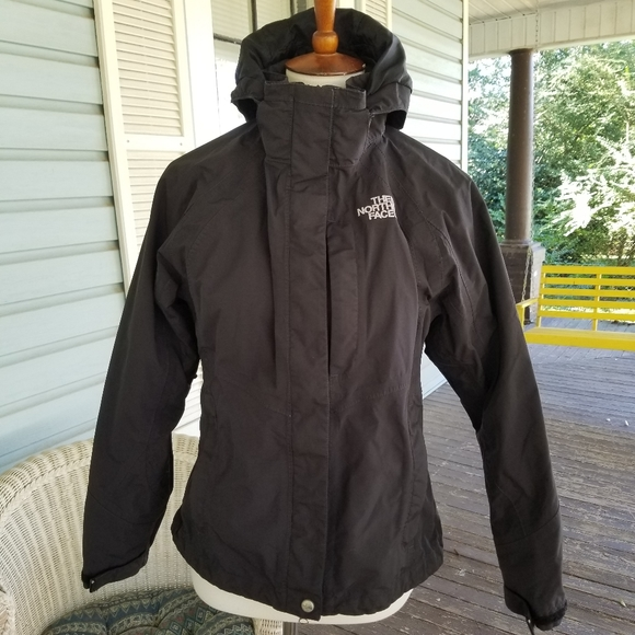 The North Face lined, hooded ski jacket, sz Small (shown on a sz M mannequin)